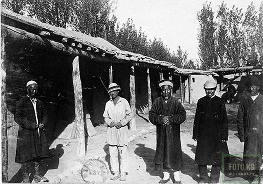 Kırgızistan'ın Tokmok şehrindeki Dunganlar (Yıl: 1897)
