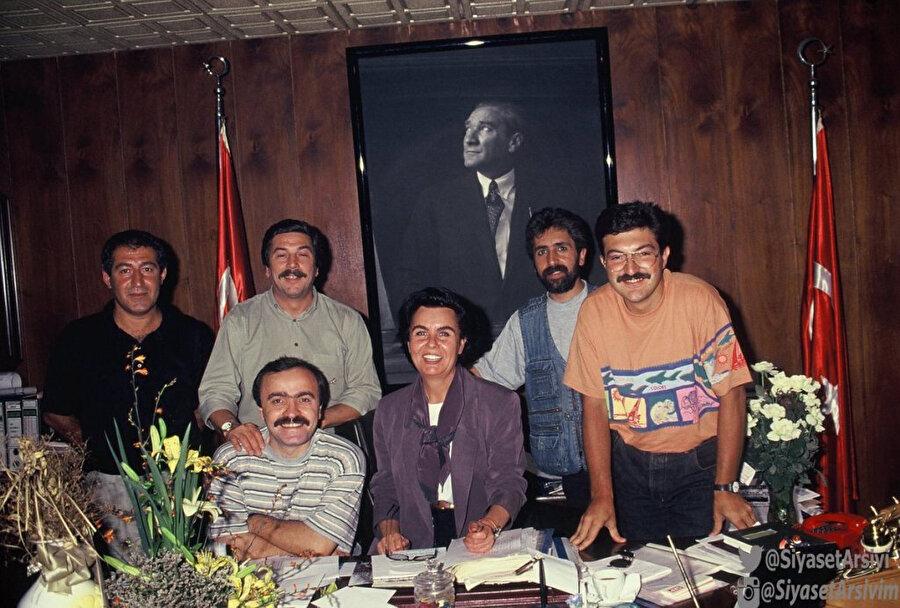Fatma Girik 1988 - 1983 yılları arasında SHP'nin adayı olarak Şişli Belediye Başkanlığı yaptı.