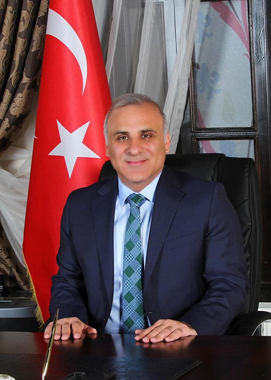AK Parti Trabzon Büyükşehir Belediye Başkan adayı Murat Zorluoğlu