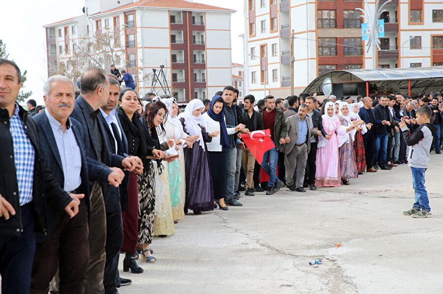 HDP'nin Şırnak merkez ile Silopi ve Cizre, Mardin'in Dargeçit, Hakkari'nin Yüksekova ve Muş'un Varto ilçesinde 30 Mart 2014'teki seçimlere göre oy oranı düştü.