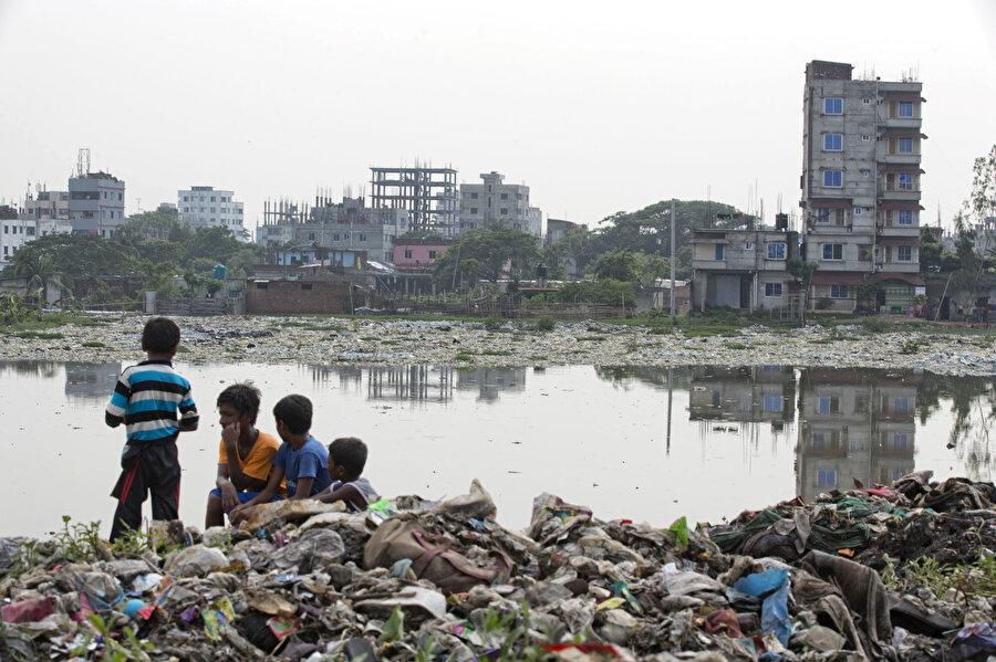 Sağlıksız çevre koşulları çocukların geleceğini tehdit ediyor.
