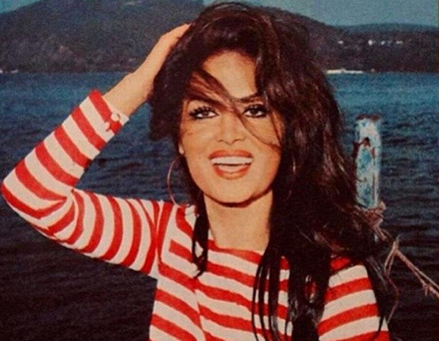 Türkan Şoray, sadece bir kere Cihan Ünal'la evlilik yapmış. 1987 yılında boşandıktan sonra bir daha evlenmemiştir.