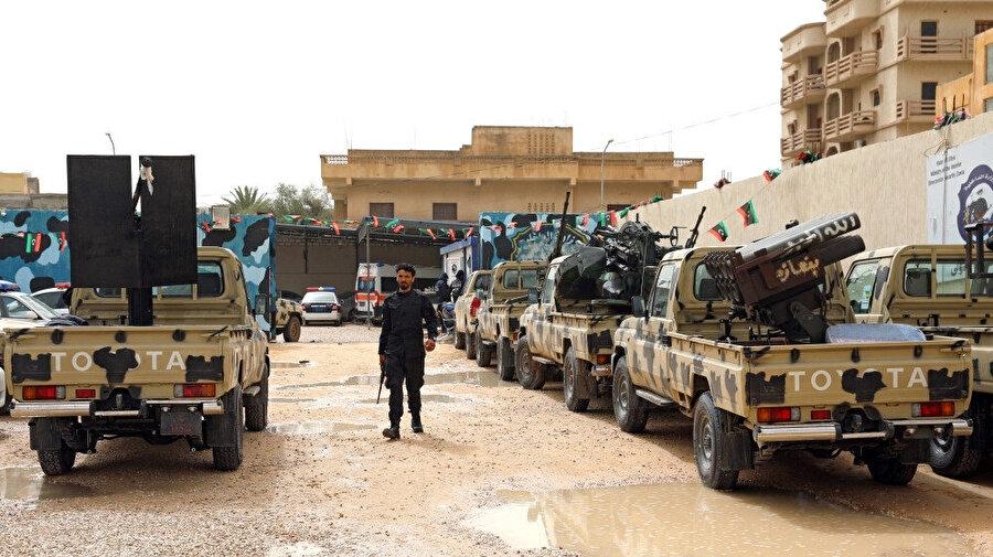 Libyalı komutan Khalifa Haftar'ın el konulan askeri araçları. Trablus'un batısındaki Zawiyah'da. (5 Nisan 2019)