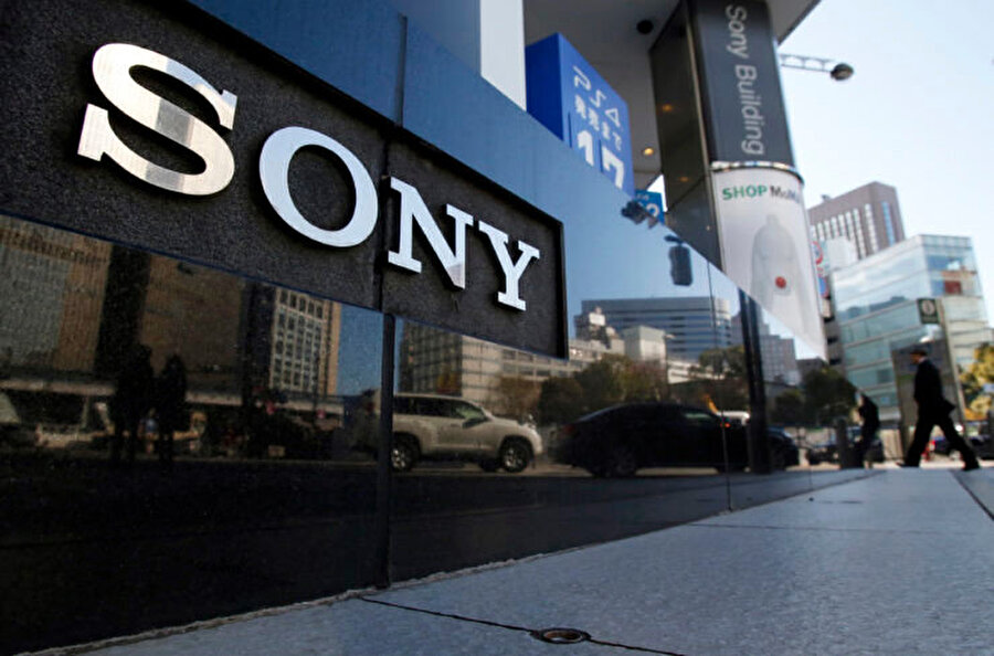 Sony, oluşturduğu PlayStation çemberiyle dünyanın sayılı şirketlerinden biri olma başarısını kazandı.