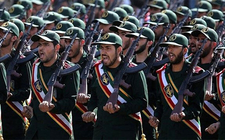 İran Devrim Muhafızları 1979 yılında gerçekleşen devrim sonrasında kuruldu.