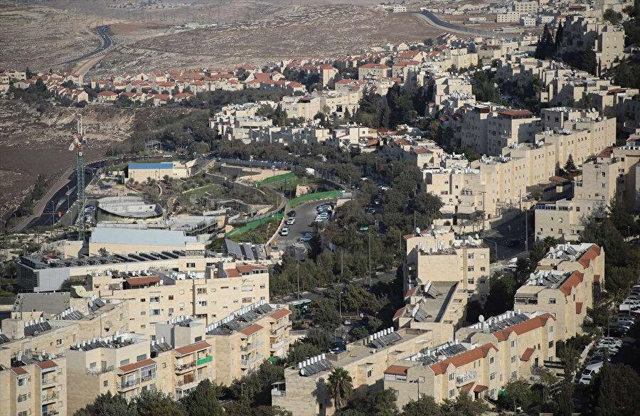 Filistin topraklarındaki Yahudi yerleşim birimleri.