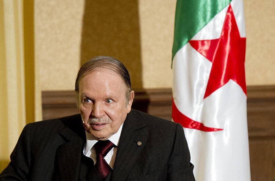 İstifa eden cumhurbaşkanı Abdulaziz Buteflika.