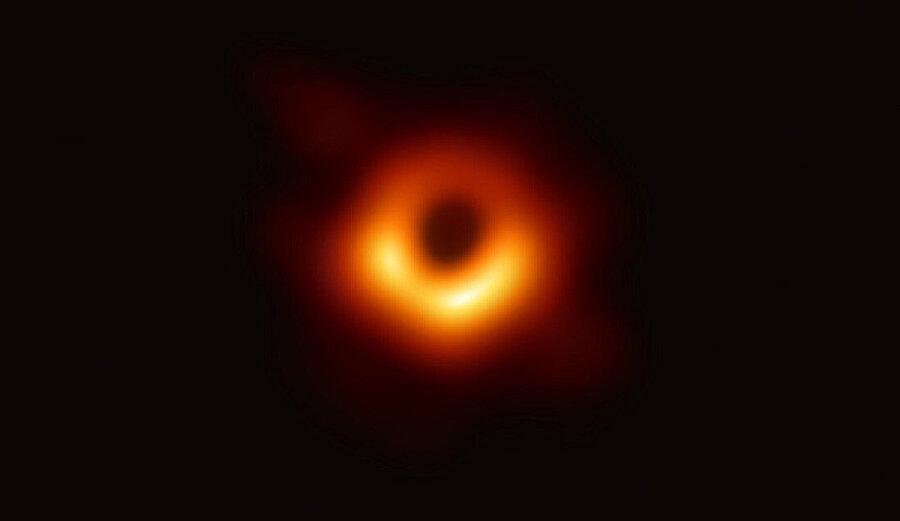 İşte kara delik fotoğrafı.