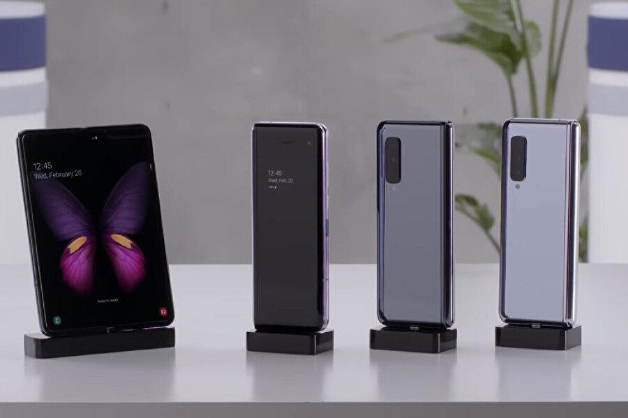 Katlanabilir telefonlar arasında Samsung Galaxy Fold'un yeri çok büyük. Çünkü piyasadaki ilk bu konseptteki ürünlerden biri.