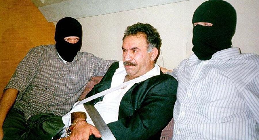 Abdullah Öcalan'da tıpkı Assange gibi Kenya'da bulunan Yunanistan Büyükelçiliği'ne sığınmıştı.