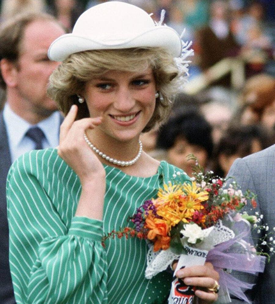 Prenses Diana 1997 yılında trafik kazası geçirdi.