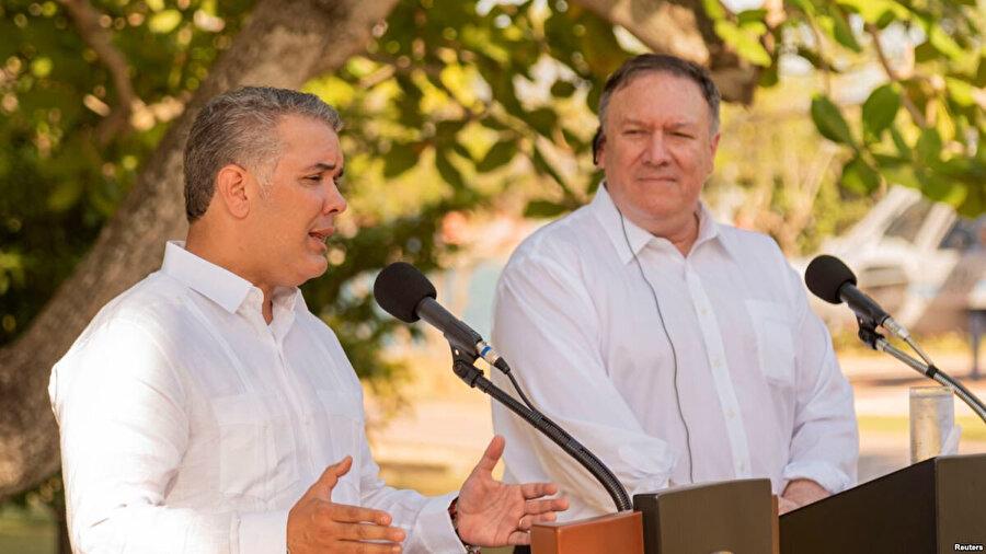 Pompeo ve Ivan Duque, Kolombiya'nın Venezuela sınırındaki Cucata kentinde bir araya geldi.
