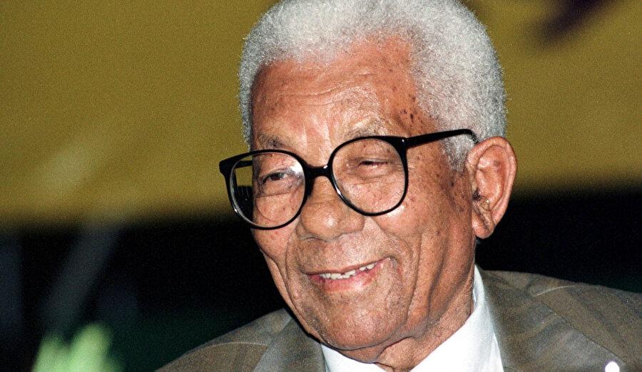 Walter Sisulu.
