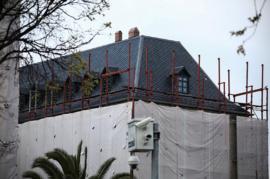 Çatı katındaki restorasyon çalışmalarının sonun yaklaşıldığı öğrenildi.