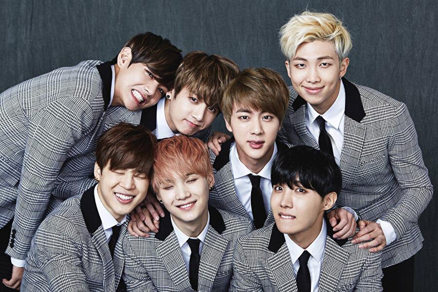 BTS grubu 7 kişiden oluşuyor.