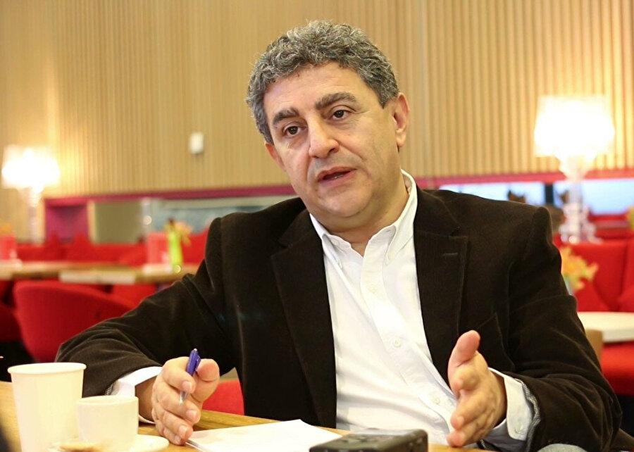 Katar Çatışma ve İnsani Çalışmalar Merkezi yöneticisi Sultan Barakat.