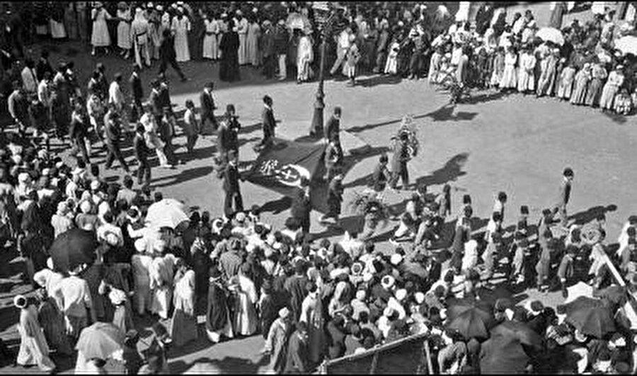 Mısır halkı Tahrir meydanında 1919.