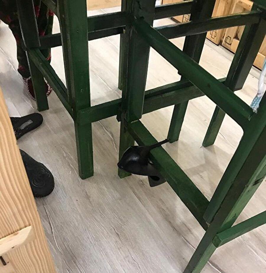 Ezgi Sertel, ayakkabısını bile bırakıp kaçtı.