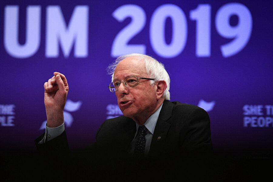 Vermont senatörü Bernie Sanders