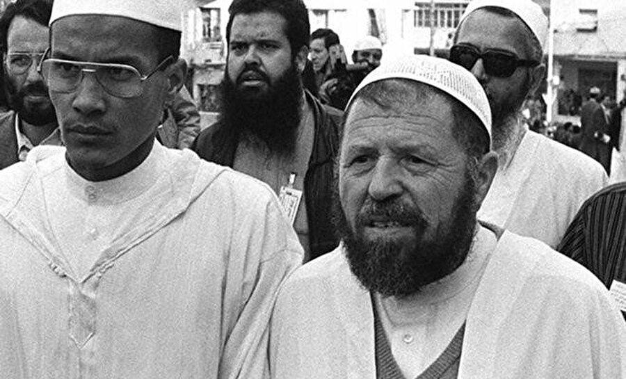 Abbasi Medeni (sağda) ve yardımcısı Ali Bilhac.