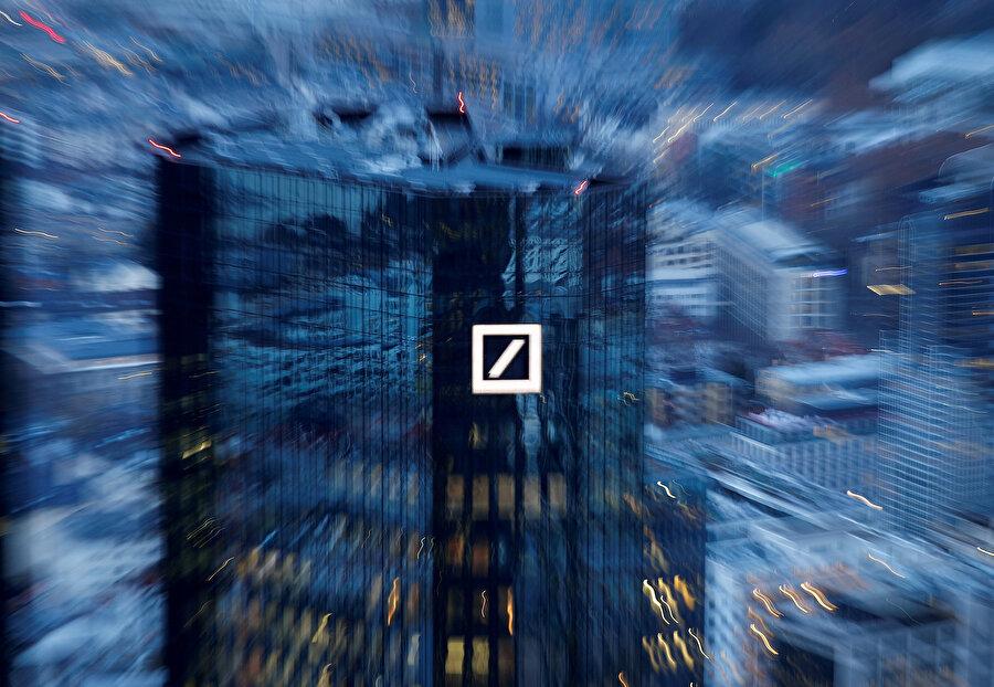 Gelişmeler etkisiyle Deutsche Bank hisseleri yüzde 0.58 artış göstermişti.