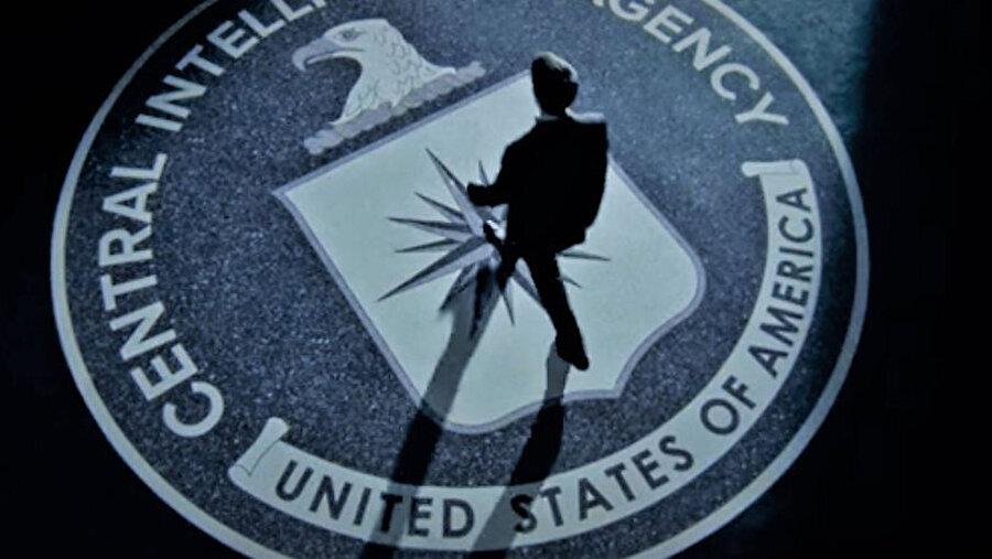 CIA yöneticisi Chelsea Robinson'dan gelen açıklama, CIA'in Instagram'a katılma nedenini açıklıyor.