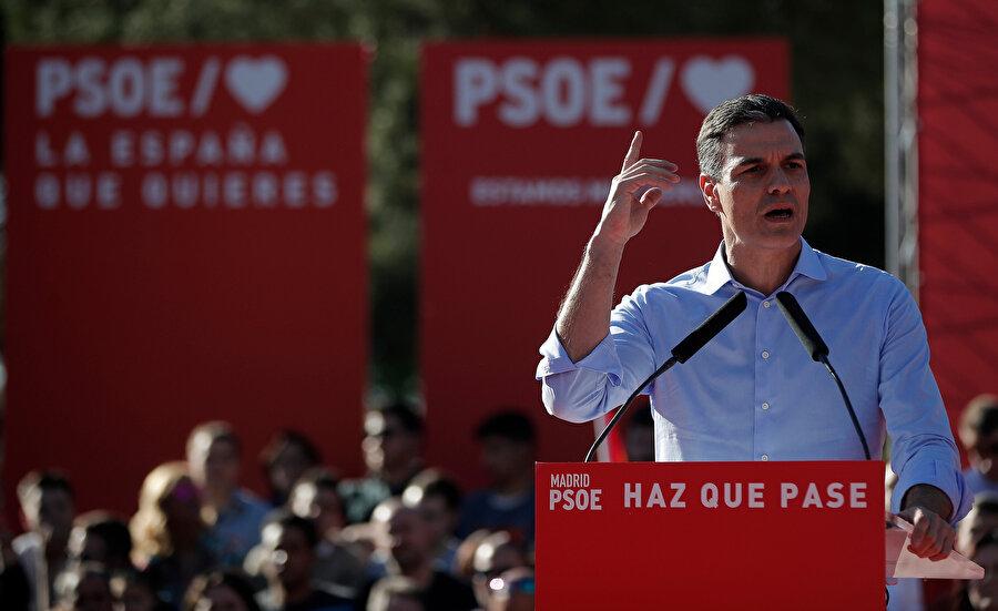 İspanya'da 28 Nisan tarihinde yapılacak olan genel seçimler öncesinde İspanya Başbakanı ve Sosyalist İşçi Partisi (PSOE) lideri Pedro Sanchez, başkent Madrid'de seçim kampanyasının son mitingini yaptı.