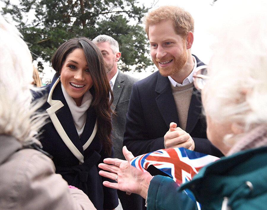 Prens Harry ve Meghan Markle, bir yardımlaşma derneğinin etkinliğinde tanıştı.