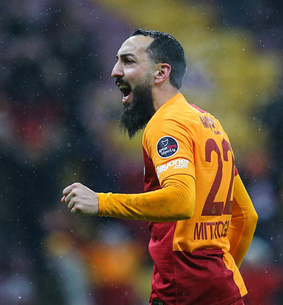 Galatasaray'da kiralık oynayan Mitroglou'nun ligde 1 golü bulunuyor.