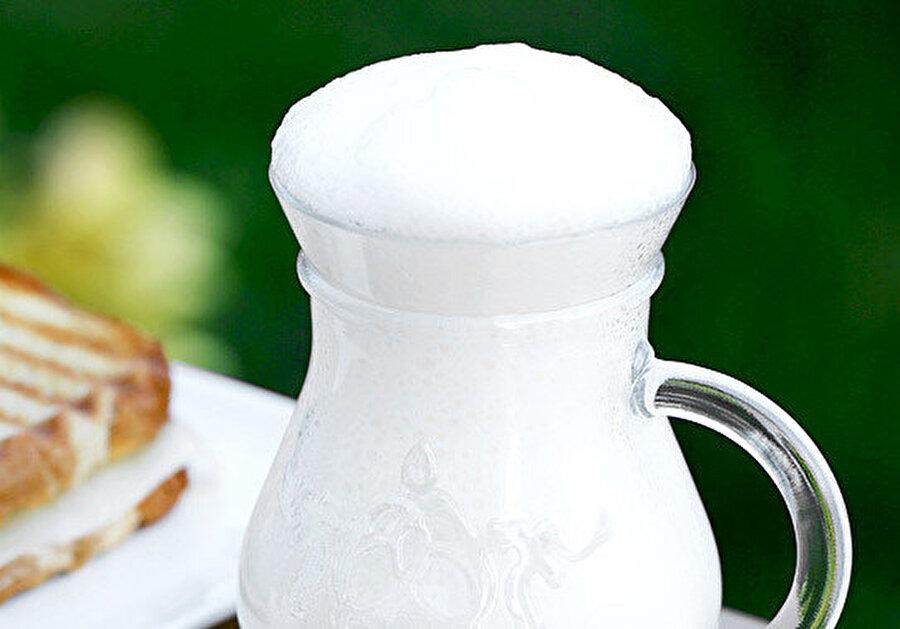 Ramazan ayının en sağlıklı içeceği, ayran.
