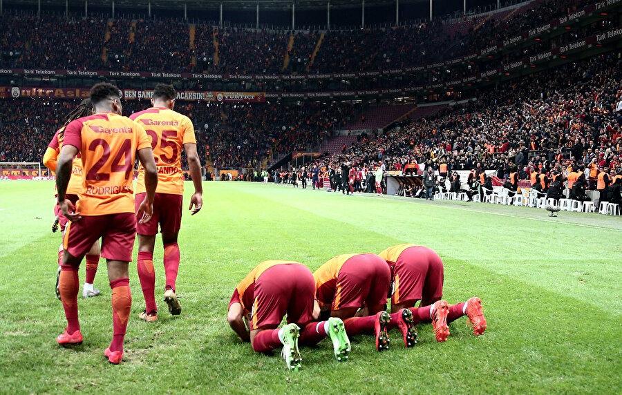 Galatasaray'ın yıldızları Belhanda, Yasin ve Feghouli