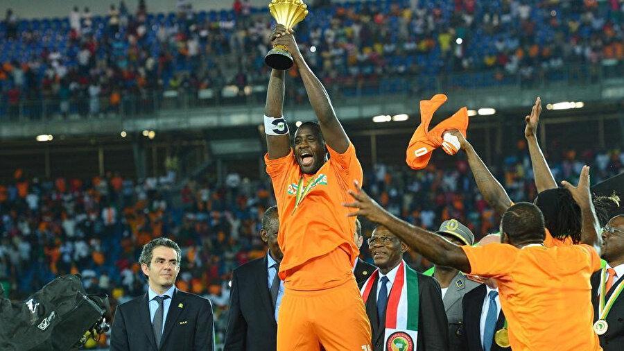 Yaya Toure'nin, Afrika Uluslar Kupası'ndaki şampiyonluk sevinci.
