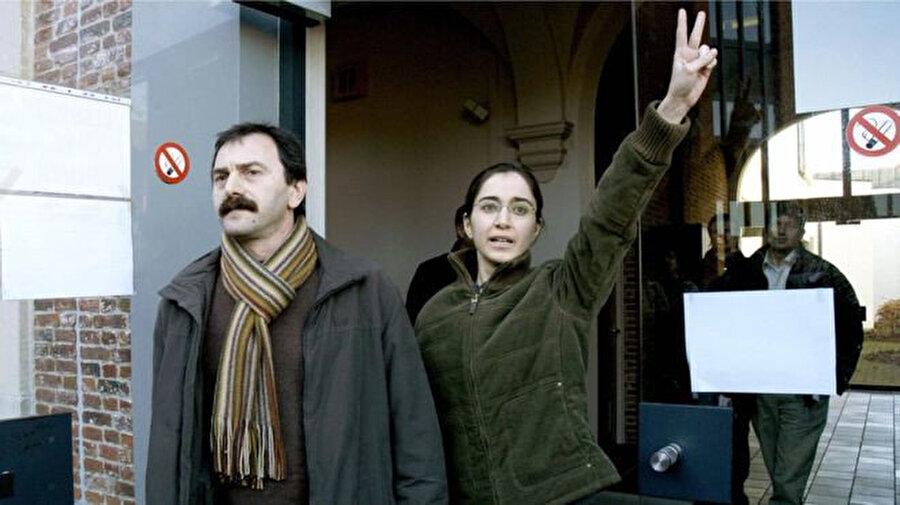 Fehriye Erdal, Belçika'daki duruşmadan çıkıyor. (25 Ocak 2006)