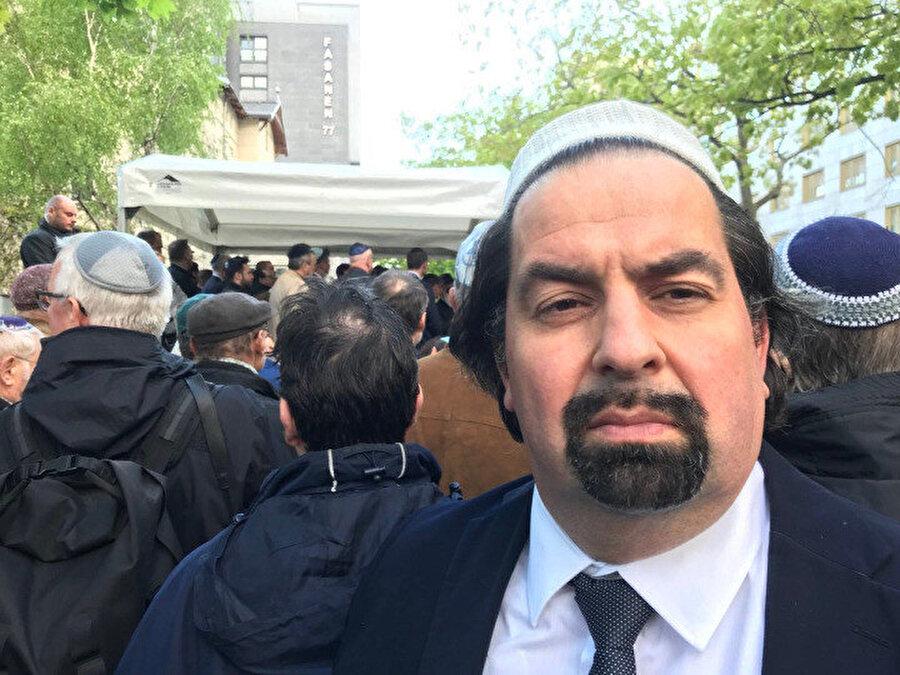 Almanya Müslümanlar Merkez Konseyi Başkanı Ayman Mazyek.