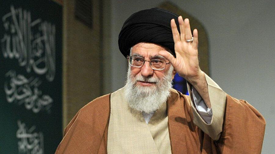 İran dini lideri Ayetullah Ali Hamaney.