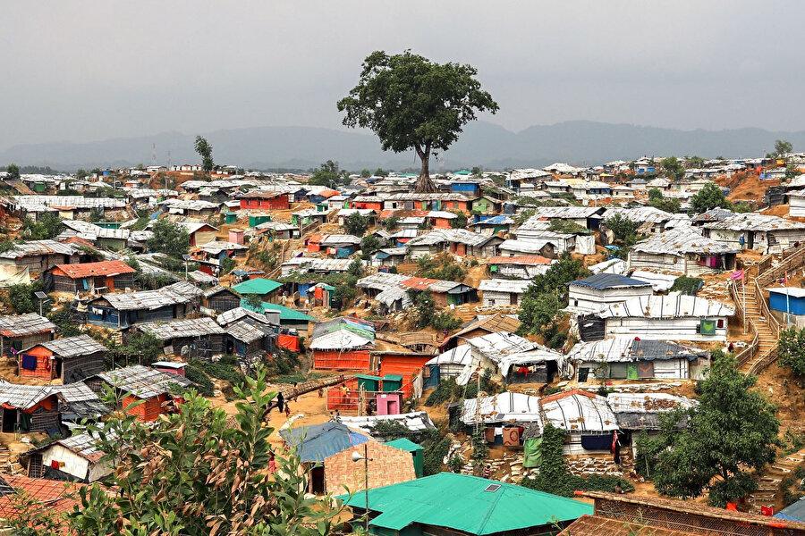Rohingya kamplarında yaşam, göründüğünden çok daha zor.