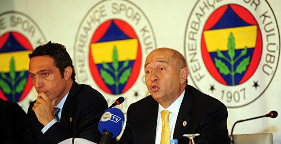 Ali Koç ve Nihat Özdemir zamanında ortak bir basın toplantısı düzenliyor.