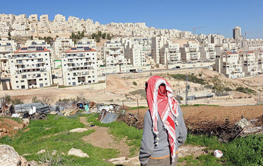 Filistin topraklarındaki İsrail yerleşimleri.