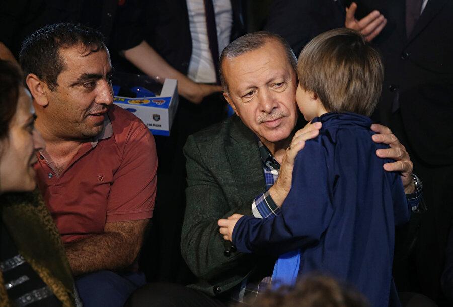 Cumhurbaşkanı Recep Tayyip Erdoğan, hayvan haklarına ilişkin belediyeler ve hükümetin atacağı adımlar hakkında bilgi paylaşmıştı.