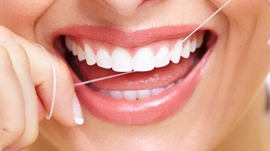 Diş ipi kullanmayı ihmal etmeyin.