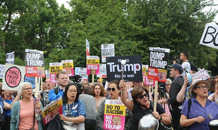 Trump, İngiltere'de protestolarla karşılanmıştı.