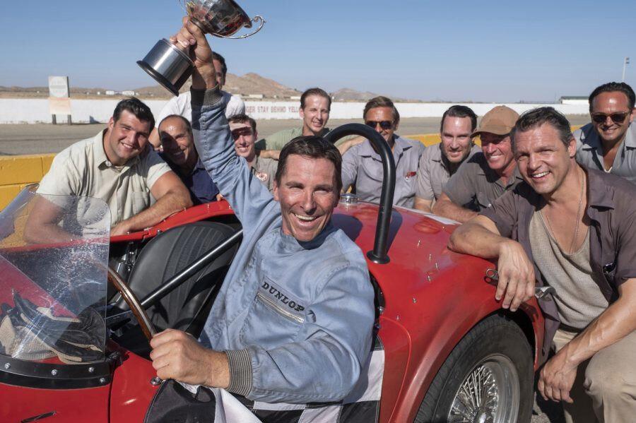 Başarılı aktör Christian Bale, filmde Ford motorunu geliştirmeye çalışan mühendisi canlandırıyor.