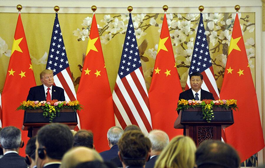 ABD Başkanı Donald Trump, resmi ziyaret kapsamında geldiği Çin'in başkenti Pekin'de Devlet Başkanı Şi Cinping ile ortak basın toplantısı düzenlemişti.