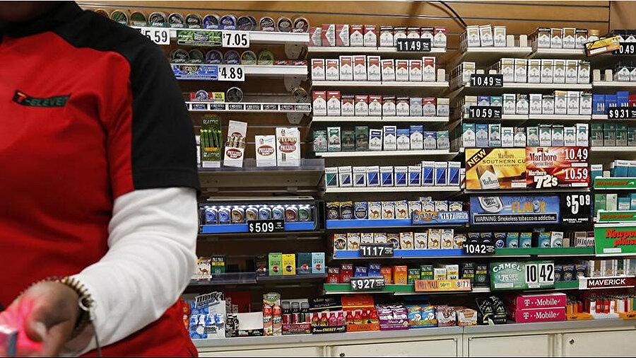ABD'nin New York kentinde bir ilke imza atılmış, şehir konseyi oy birliği ile sigara satın alma yaş sınırının 18'den 21'e çıkarılmasına karar vermişti.