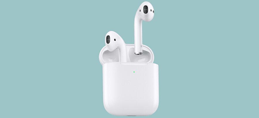 AirPods kutusu, Apple'ın tasarım örnekleri listesinin ilk sırasında gelebilir. Gerçekten muazzam.
