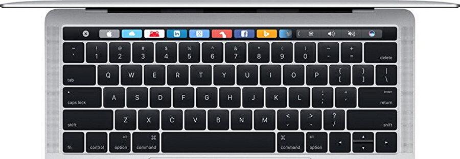 Apple klavyelerde Caps Lock düğmesi Büyük Harf Kilidi özelliğiyle daha kullanışlı hale geliyor.