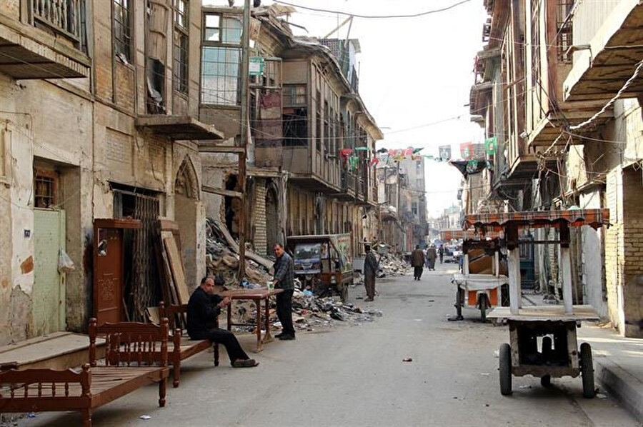 Bakımsızlıktan yıkılmak üzere olan binaların bulunduğu Bettavin suç olaylarıyla anılan bir bölgeye dönüştü.