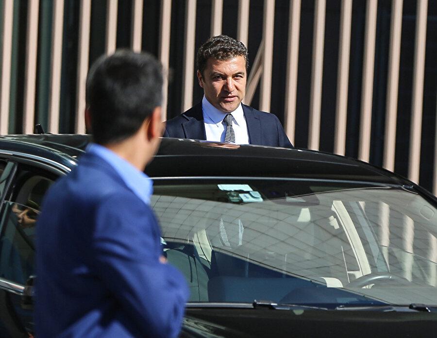 Türkiye'nin büyük bir merakla beklediği programı İsmail Küçükkaya yönetecek.