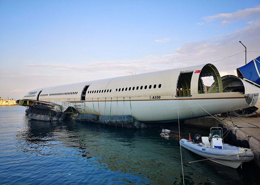 Dev yolcu uçağının Saros Körfezi'ne batırılması