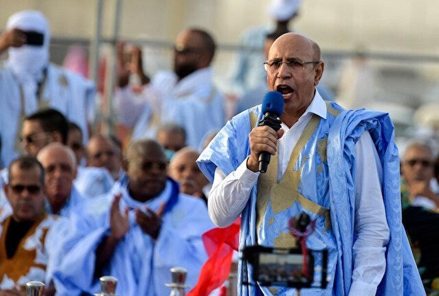 Seçimden zaferle çıktığını duyuran Muhammed Vild el-Gazvani.